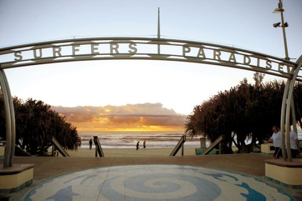 서퍼스 파라다이스 (Surfers Paradise)
